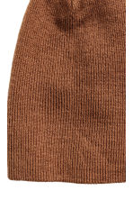 Knitted hat - Light brown - Men | H&M CN 2