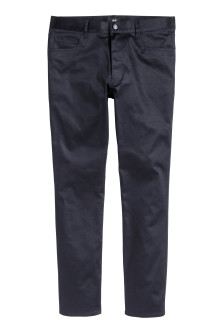 Pantalon en satin Slim fit