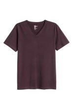 V-neck T-shirt Slim fit - Dark plum - Men | H&M CN 2