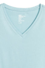 V-neck T-shirt Slim fit - Light blue - Men | H&M CN 3