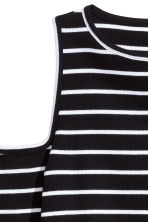 Ribbed cold shoulder top - Black/White/Striped - Ladies | H&M CN 3