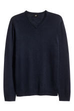 V-neck merino wool jumper - Dark blue - Men | H&M CN 2