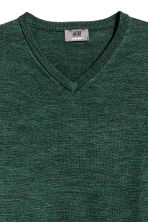 V-neck merino wool jumper - Dark green marl - Men | H&M CN 3