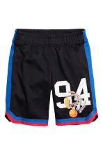 Mesh shorts - Black/Looney Tunes - Kids | H&M CN 2