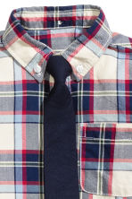 Shirt and tie - Dark blue/Checked - Kids | H&M CN 3