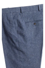 Suit trousers in a linen blend - Dark blue marl - Men | H&M CN 4
