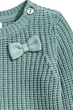 Jumper in a textured knit - Dusky green - Kids | H&M CN 2