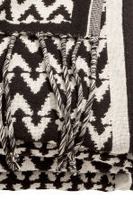 Jacquard-weave blanket - Anthracite grey/Natural white - Home All | H&M GB 4