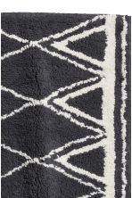 Jacquard-weave bath mat - Dark grey/Patterned - Home All | H&M GB 2