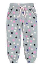 Fleece trousers - Grey/Spotted - Kids | H&M GB 2