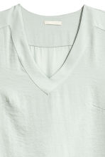 V-neck satin blouse - Light grey - Ladies | H&M CN 3
