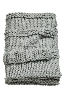 Chunky-knit blanket