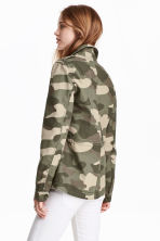 Short cotton parka - Khaki green/Patterned -  | H&M CN 4