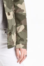 Short cotton parka - Khaki green/Patterned -  | H&M CN 3