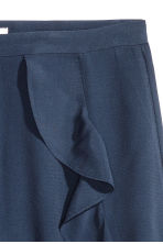 Shorts with flounces - Dark blue - Ladies | H&M CN 3