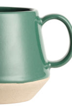 Stoneware mug - Dark green - Home All | H&M 3