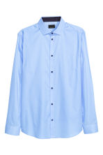 Premium cotton shirt - Light blue - Men | H&M CN 2