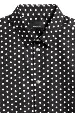 Shirt in premium cotton - Black/White/Spotted - Men | H&M CN 3