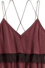 Chiffon dress with lace - Burgundy - Ladies | H&M CN 3