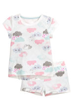 Jersey pyjamas with shorts - White/Cloud - Kids | H&M CN 1