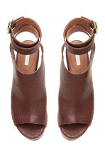 Wedge-heel leather sandals - Dark brown/Patterned - Ladies | H&M CN 2