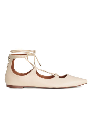 Pointed flats with lacing - Light beige - Ladies | H&M