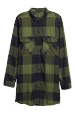 Long shirt - Khaki green/Checked - Ladies | H&M CN 2