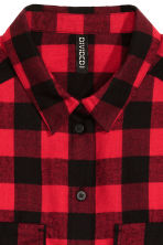 Short flannel shirt - Red/Checked - Ladies | H&M CN 3