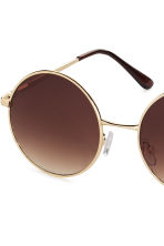 Round sunglasses - Gold - Ladies | H&M 3