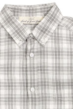 Patterned shirt - Natural white/Checked - Men | H&M CN 3