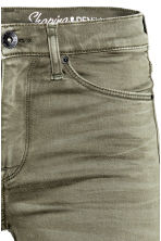 Shaping Skinny Regular Jeans - Khaki green -  | H&M CN 6