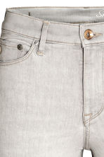Shaping Skinny Regular Jeans - Light grey -  | H&M 4