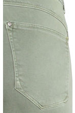 Feather Soft Low Jeggings - Dusky green - Ladies | H&M CN 5