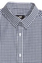 Easy-iron shirt - Dark blue/Checked - Men | H&M CN 3
