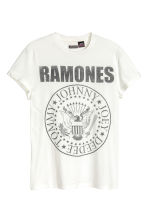 T-shirt with a print motif - White/Ramones - Men | H&M CN 2