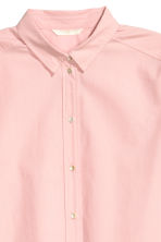 Long cotton shirt - Light pink - Ladies | H&M 4