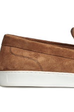 Suede loafers - Camel - Men | H&M CN 4