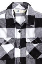 Checked flannel shirt - Black - Kids | H&M CN 3