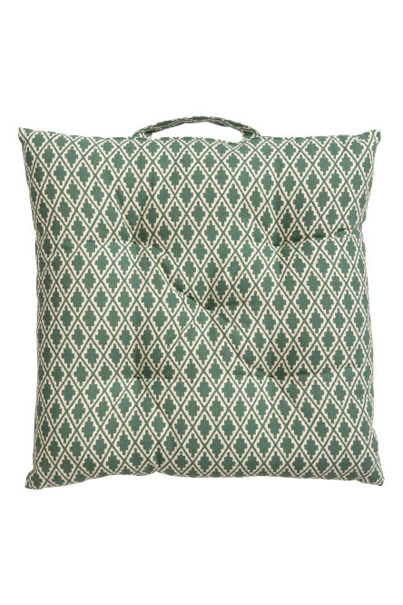 Patterned seat cushion