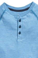 Long-sleeved Henley shirt - Lt.blue/Narrow strip - Kids | H&M CN 3