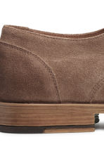 Suede Derby shoes - Dark beige - Men | H&M CN 5