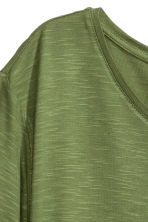 Asymmetric T-shirt - Khaki green - Ladies | H&M CN 5