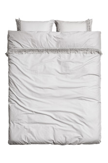 Duvet cover set with fringes
