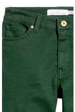 Pantaloni super-stretch - Verde scuro - DONNA | H&M IT 2
