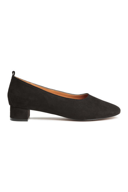 Block-heeled court shoes