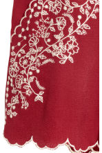Embroidered shorts - Dark red - Ladies | H&M CN 3