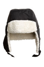Hat with earflaps - Black - Kids | H&M CN 1