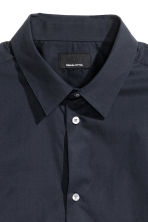 Premium cotton shirt - Dark blue - Men | H&M CN 3