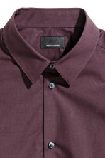Premium cotton shirt - Aubergine - Men | H&M CN 2