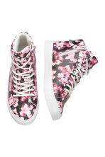 Hi-top trainers - Black/Floral - Kids | H&M CN 2